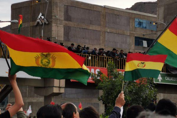 Bolivie : À bas le coup d'Etat ! À bas les agressions fascistes ! Solidarité avec les luttes des travailleur·ses!