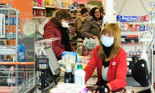 Militer sur son lieu de travail face au virus. Entretien avec E., employé polyvalent en supermarché