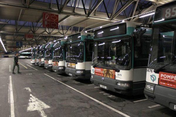 """Coronavirus et RATP: """"il faut arrêter les transports en commun"""""""