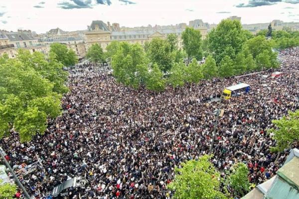 Manifestation parisienne contre le racisme et les violences policières :  une très forte mobilisation malgré l'interdiction et la répression